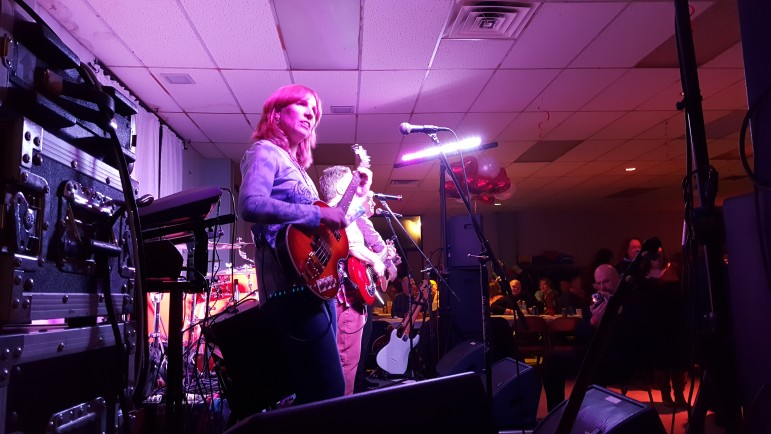 The Large Flowerheads entertained more than 200 party-goers with fun cover versions of classic 1960s and '70s songs.