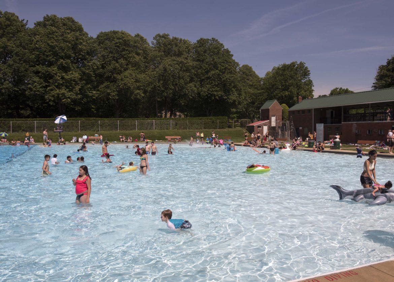 Heat wave pool
