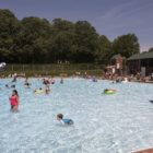 Heat wave pool