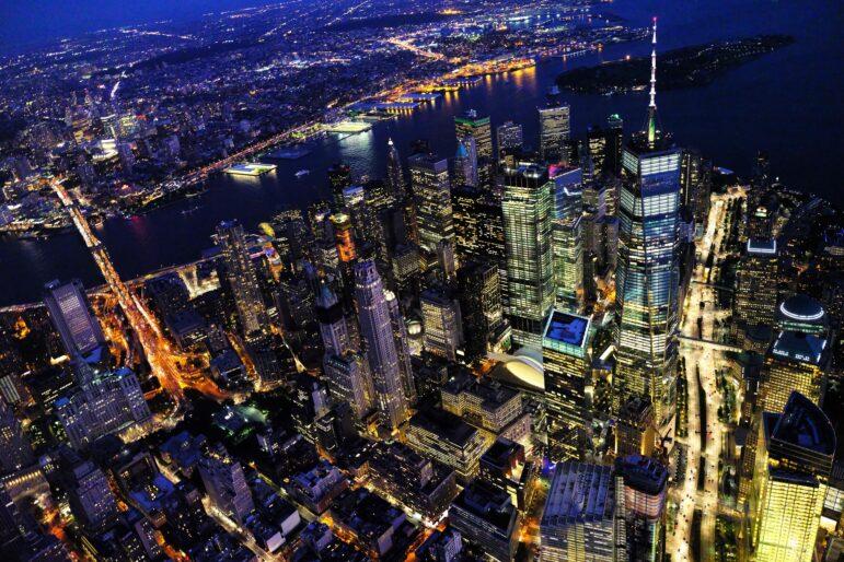 new york city bieber bus