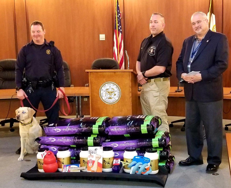 Sheepdog Cigar Club Donates Silver K-9