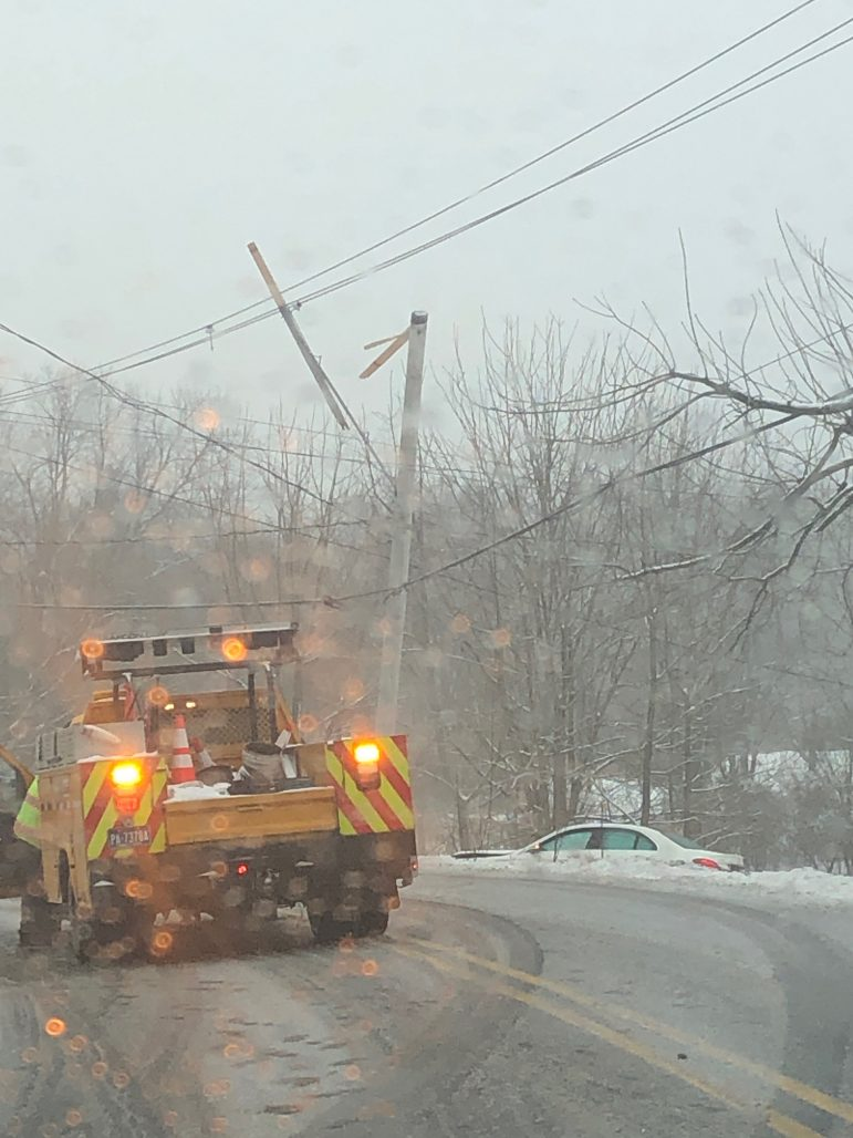 Crash Power Out Leithsville