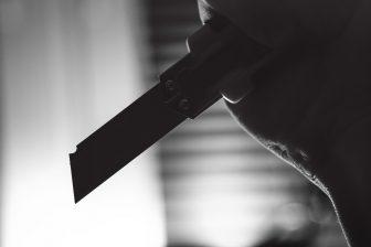 knife landlord