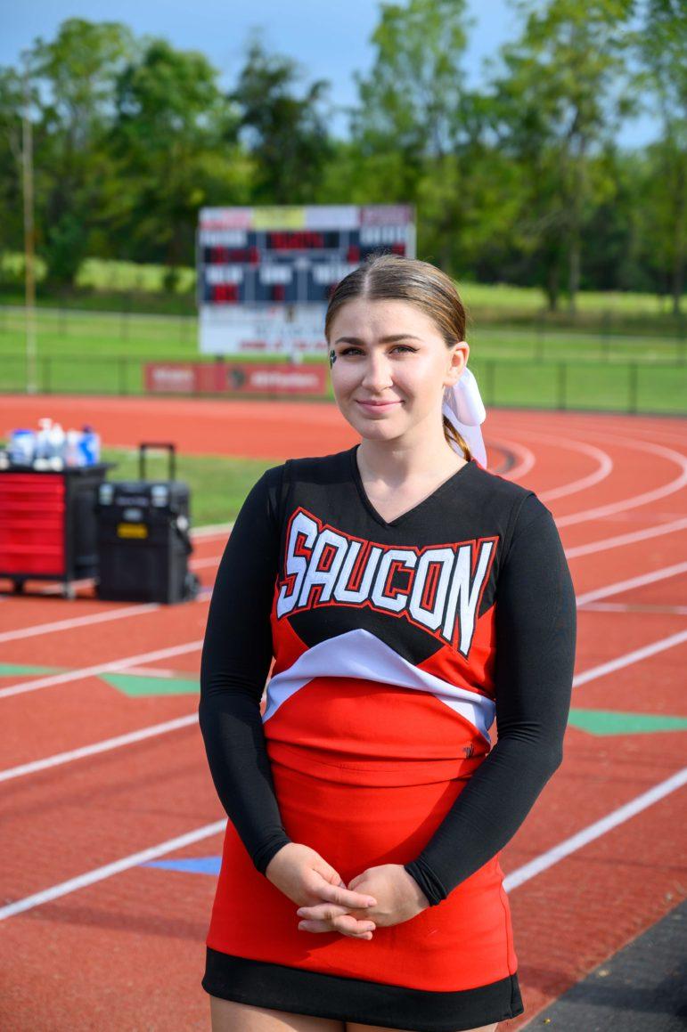 Cheerleader Fiona Kramer