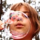 soap bubbles kids coronavirus home