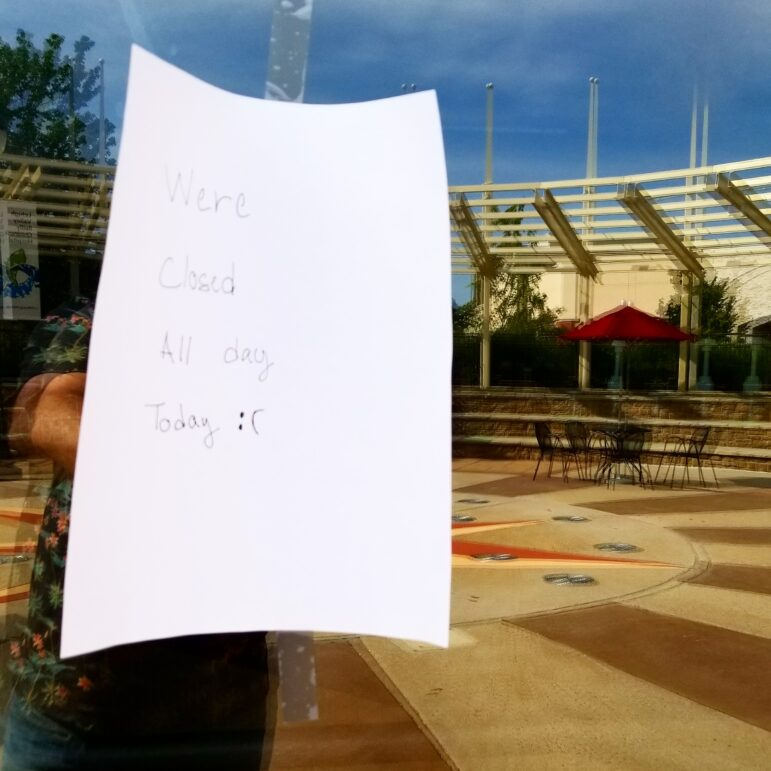 Starbucks Closed Promenade Shops